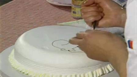 蛋糕裱花教学视频 如何做生日蛋糕裱花.MP