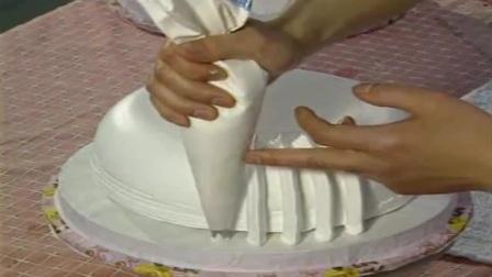 蛋糕裱花花边视频 生日蛋糕裱花动物