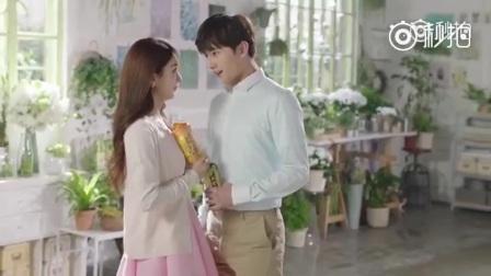 赵丽颖 杨洋  拍摄广告花絮,两人当众互撩虐狗甜到炸