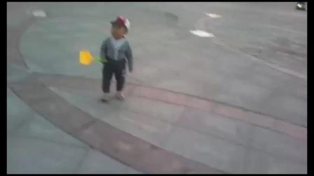 最小广场舞者