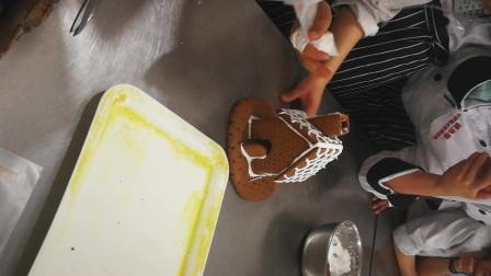 圣诞姜饼屋组成2