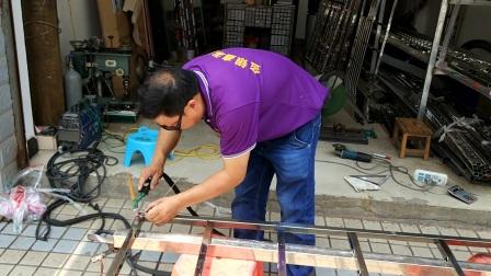 不锈钢护栏怎么焊接 崇仁县阳台不锈钢护栏制作方法