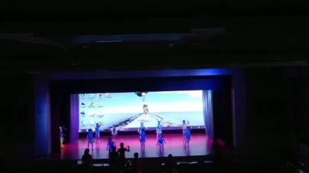 陕西省商业幼儿园大二班舞蹈《童心闪耀》排练现场