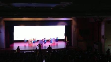 陕西省商业幼儿园中三班情景舞蹈《童谣串烧》排练现场