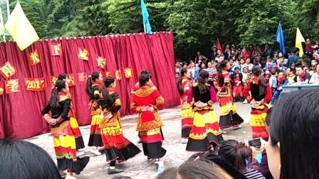 四川峨边彝族自治县杨河乡木加村六一儿童节