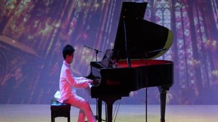 超越梦想 炫指黑白 顾超超钢琴独奏音乐会