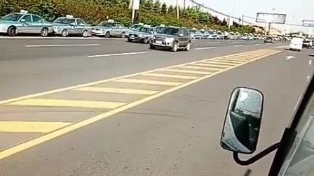 辽宁省大连瓦房店市出租车抵制网约车