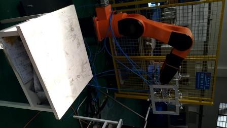 克鲁斯机器人取板自动化视频
