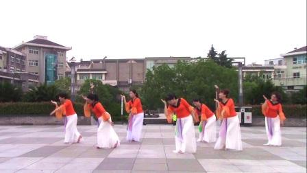 宁海阳光广场舞团《秋水伊人》