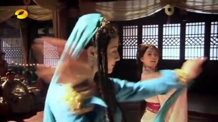 古装美女舞蹈系列37  迪丽热巴、刘诗诗斗舞