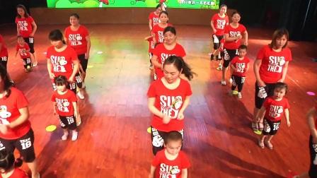 22小班亲子舞蹈《呼啦啦》