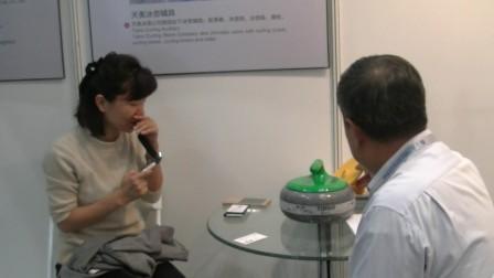 2016年,中央人民广播电台日语频道对日直播冰壶新发明 —— 天奥四季陆地冰壶