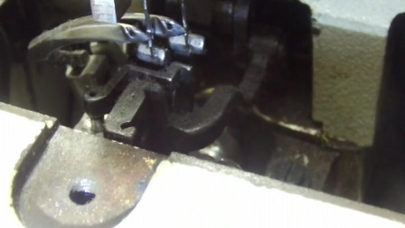 链式双针 _缝纫机维修培训机构  缝纫机维修大全书  平缝纫机维修视频