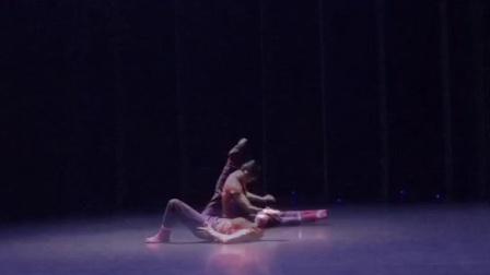金星舞蹈…人只有在自己放松的状态下表现最完美