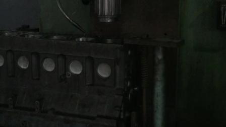 高精度绗磨斯太尔缸体缸孔