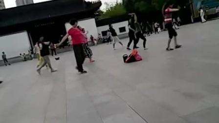 宝船遗址公园美女集体舞ad.0
