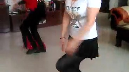 唐县南包水姐妹健身队广场舞