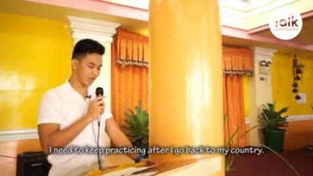 """这是演讲Nguyen Thai Bao """"BASTIAN""""  2017年6月23日,他毕业于TALK学院。"""