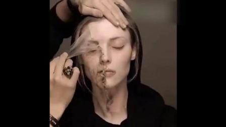 老妇变少女! 这就是传说中的人皮面具吧