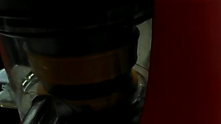 九阳榨汁机。在淘宝紫金城购物中心购买。垃圾中的战斗机!!!!
