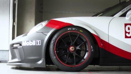 感受新一代 911 GT3 Cup 的脉搏
