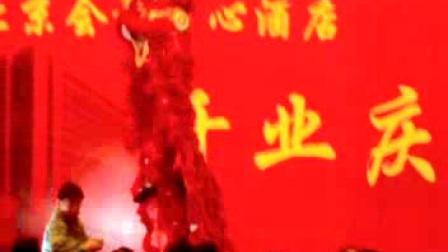 舞狮表演--吴桥县观道创意文化杂技团