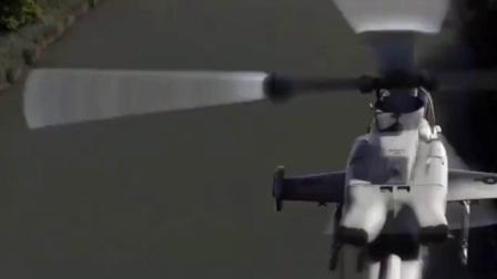 阿帕奇首先把皮卡车上的加特林机枪拿下, 全球鹰远处发射飞弹干掉汽车!