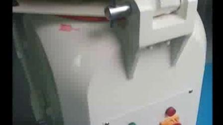 广州旭众烘焙涉及的烤箱和面机发酵箱全自动分块机方包切片机等面包店西点设备展示视频