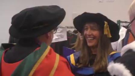 爱尔兰国家学院学生毕业典礼