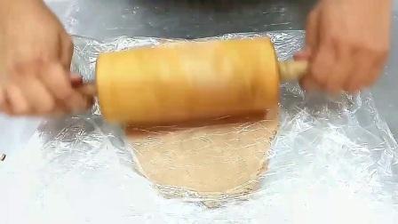 圣诞姜饼屋蛋白糖霜