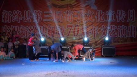 3.席村新绛舞韵361舞蹈培训中心舞蹈《八女投江》