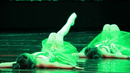 舞蹈《笋儿尖尖》榆林市艺诺艺术培训中心选送