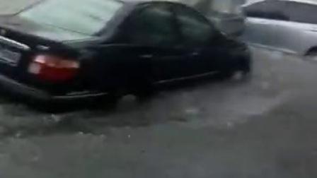 通辽地区大雨天气持续,