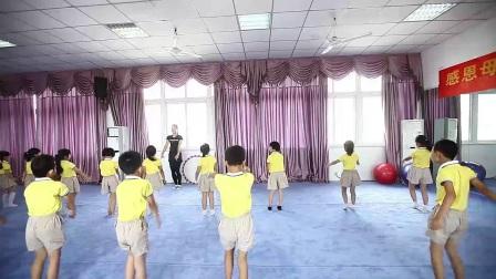 团身滚动小学体育与健康人教版-合肥市包河区外国语第二小学