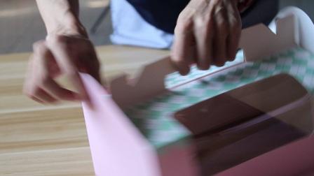 手提2个粒格装马芬手提纸杯蛋糕盒折法—梦幻烘焙