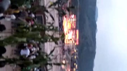 马边彝族自治县火把节 人山人海。
