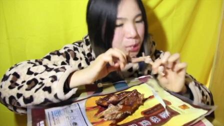 86爱吃饭的妹子 红糖芝麻馒头+红糖红枣馒头+红糖核桃馒头+藤桥熏鸡 中国吃播~_其他_生活