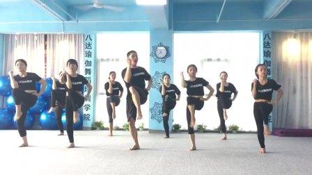 深圳瑜伽教练培训,普拉提教练培训,就来八达瑜伽舞蹈培训学院吧,又一期普拉提教练班毕业啦