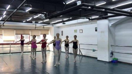 丰迪芭蕾成人班--初中级衔接班期末课堂记录