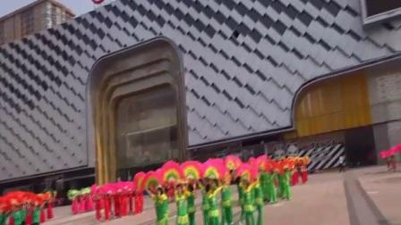 太原市杏花岭区老年人体育协会万达广场大型扇子舞