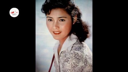 她演红牡丹走红,因患病丈夫为她一夜白头,今63岁气质胜过刘晓庆