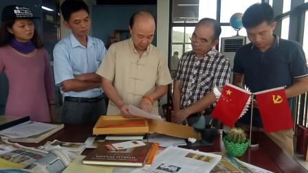 资深记者杜达雄亲自在燊泰投资公司采访袁匡任博士