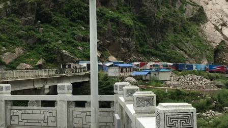 中尼边境吉隆口岸对面就是尼泊尔