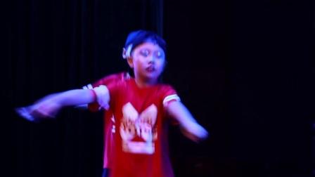 街舞《舞动青春》米脂县佳艺舞蹈培训中心选送