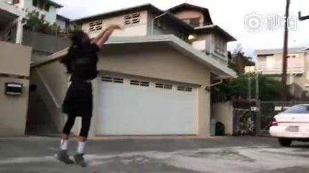 她也打篮球