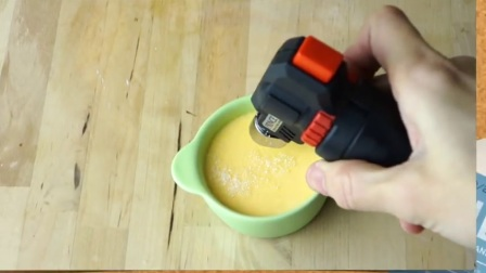 布丁上的脆皮焦糖如何制作  烹饪教学
