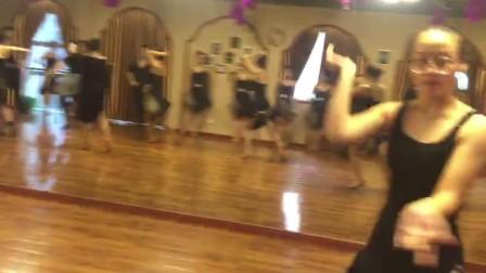 河南艺考培训 郑州红英舞蹈 体育舞蹈艺考 舞蹈艺考 女生恰恰