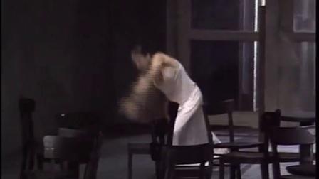 《穆勒咖啡馆》皮娜•鲍什_01