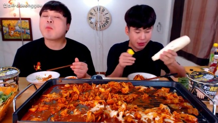 [ 豪放派兄弟 ] 马苏里拉芝士牛小肠+芝士炒饭