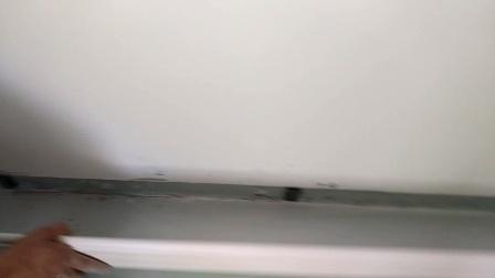 PVC踢脚线安装视频教程郑州俊业木地板配件